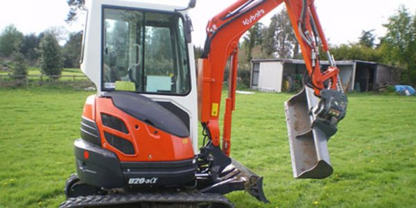 Digger Hire Burton | Diggers And Chippers | Call 07774 494 688 | S&R